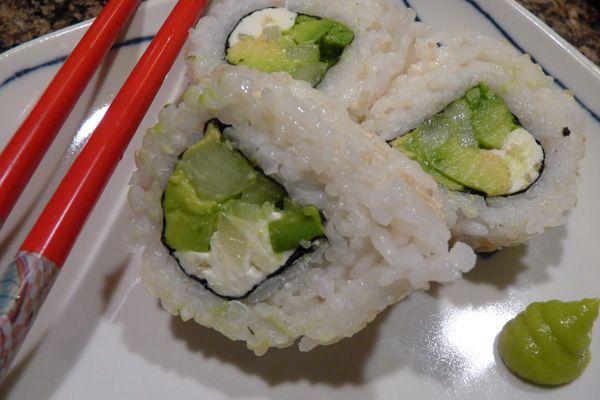1000+ ideas about Vegetarian Sushi Rolls on Pinterest ...
