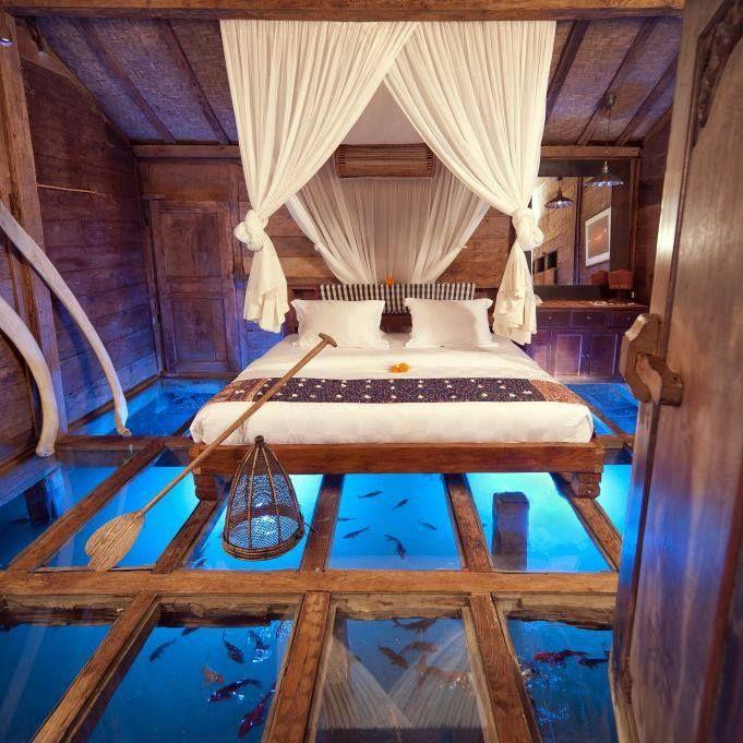 Floor aquarium