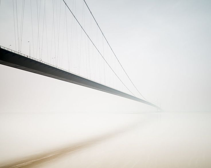 Humber Bridge, by Wilco Dragt