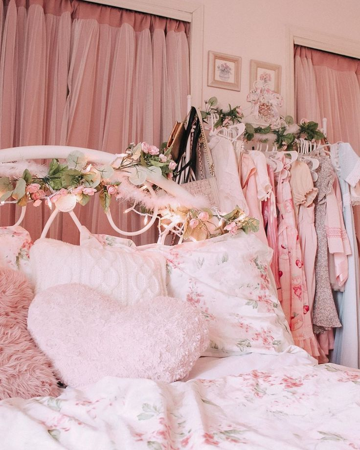 Chloe Griffin On Instagram New Video My Fairy Princess Room Tour Is Linked In My Bio Enjoy Girly Bedroom Princess Room Decor Aesthetic Bedroom