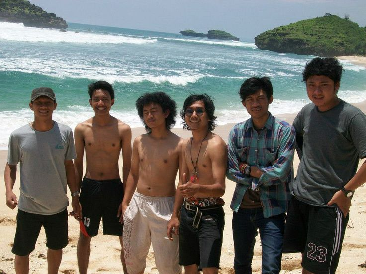 Best beach on Pacitan, East Java. So silent! No people at all. And the road there was beautiful!