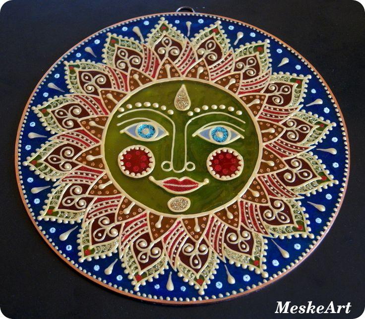 Nap mandala fekete háttér előtt fotózva / Sun mandala