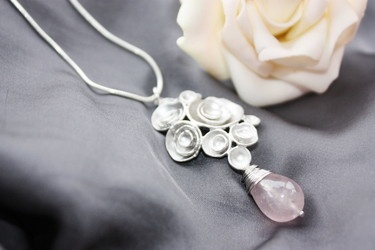 Necklace silver plated with rosenquarz