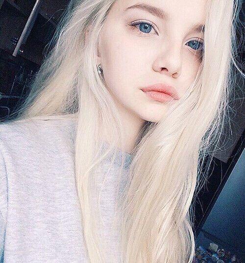 Weißes Anfänger-Mädchen