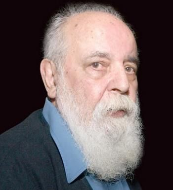 Ebtehaj was born February 25, 1928 in Rasht, Iran, and had his primary schooling there before moving to Tehran. His first book of poetry, with an introduction by eminent poet Mehdi Hamidi Shirazi, was published when he was 19 years old.