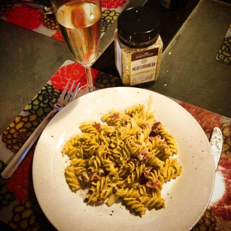 4 ingredient creamy white pasta sauce with mediterranean dukkah- yiah- your inspiration at home