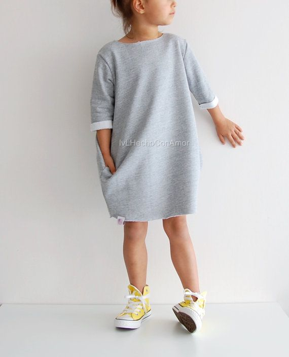 Oversized Sweater Dress for Girls My toddler sweater dress is absolutely adorable and makes the perfect addition to any wardrobe of all the little fashionistas. The sweater dress is comfortable to wear because its oversized, it has 2 big pocket and your little girl will look trendy and stylish. Women Dress available here: www.etsy.com/listing/490865548 !!! ►TO ORDER 1. Select the size and color from the drop down menu 2. Add a Note to Seller in case you have any special reques...