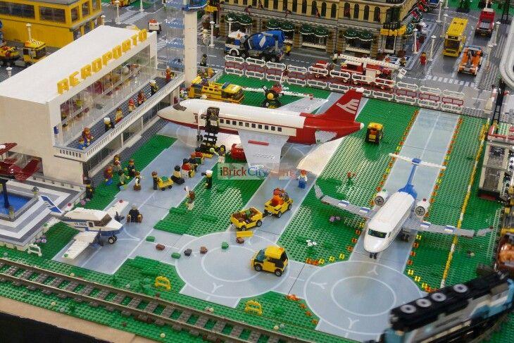 airport lego ✈