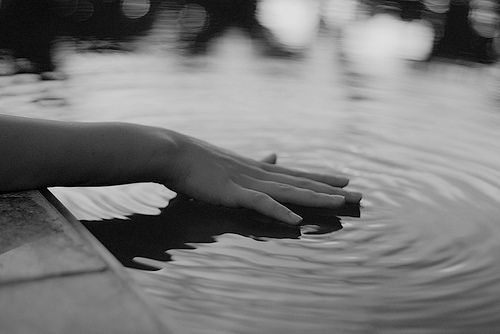 .Water, A Mini-Saia Jeans, Touch, Hands, Peace, Ripple, Places, Inspiration Quotes, Photography