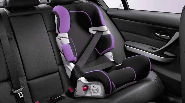 Безопасность детей на дороге – забота общества!  Уважаемые водители, не пренебрегайте и не забывайте о безопасности Ваших детей в автомобиле. Штатные автомобильные ремни безопасности в автомобиле предназначены для взрослых, а для детей существуют детские удерживающие устройства, которые соответствуют росту и весу ребенка.