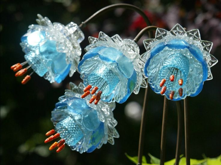 glass flowers by washington artist mike urban glass