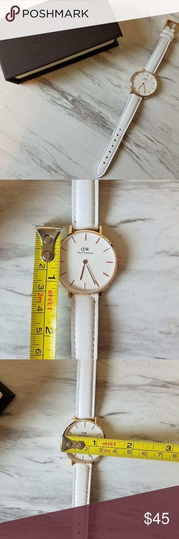 Daniel Wellington petite Bondi Gorgeous watch! Hardly worn. Accessories Watches