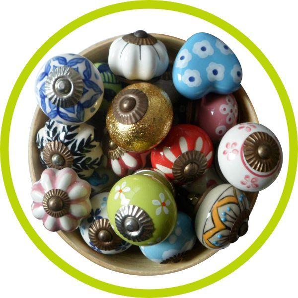 Pomelli di ceramica colorata a mano.. Più di 140 pomelli differenti!