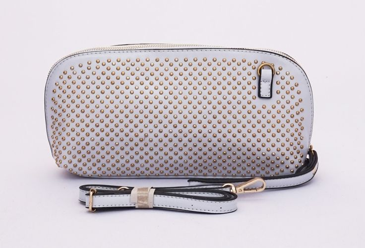 Dianna cluth studded seris cantik, good quality. Ada tali pendek samping dan selempang. Warna soft grey. Uk 30x9x15