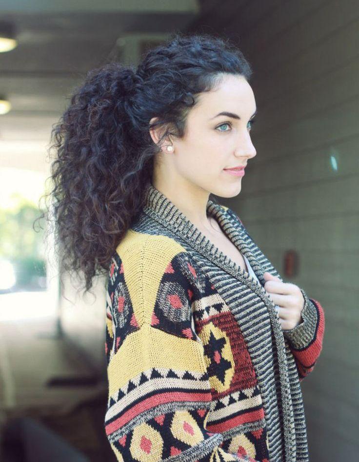 Coiffure cheveux frisés femme - Cheveux frisés : nos plus jolies idées pour les coiffer - Elle