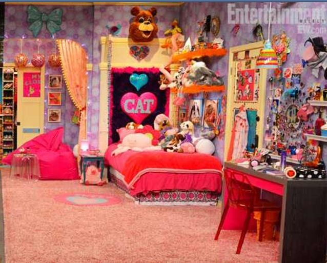 cats bedroom from sam and cat stuff to buy pinterest cat valentine valentines and cats. Black Bedroom Furniture Sets. Home Design Ideas