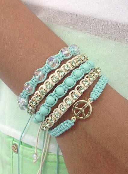 kit-pulseiras-simbolo-da-paz-bijuterias-de-strass