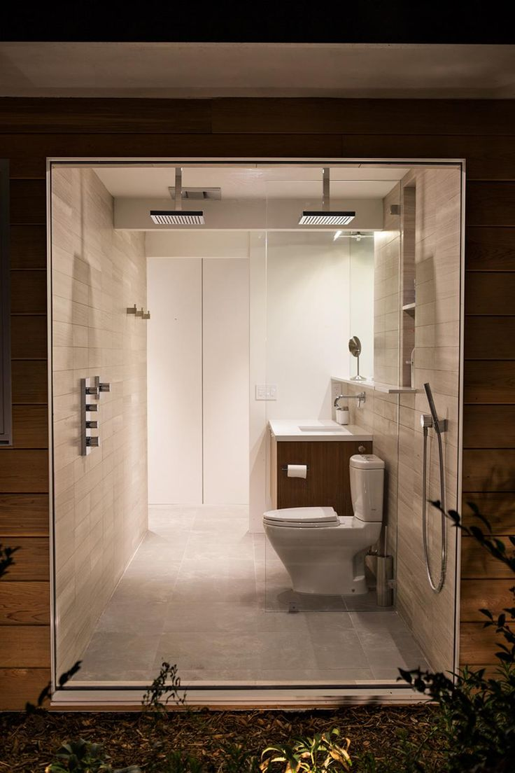Inside homes bathrooms - Modern Home Outdoor Space