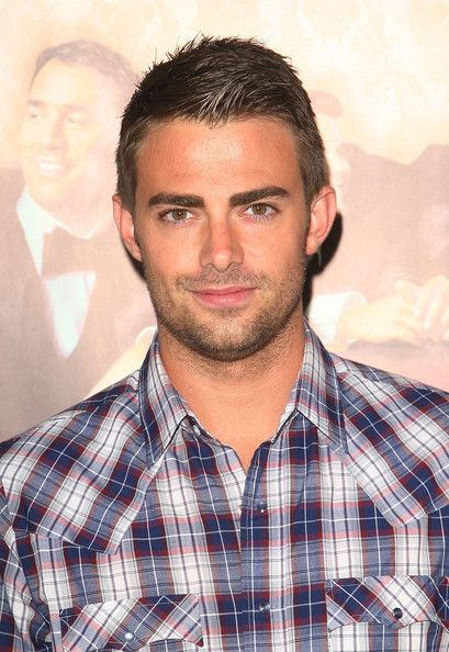 Jonathan Bennett...your hair looks sexy pushed back.