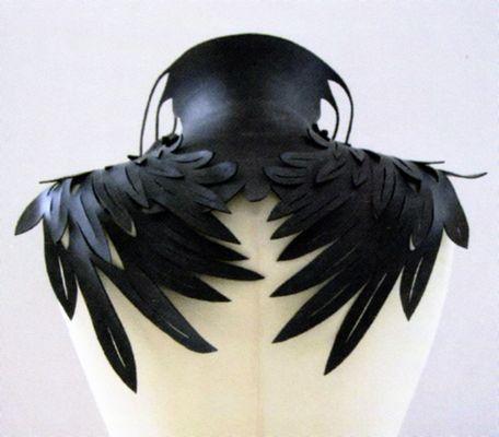 cuervo pieza cuello