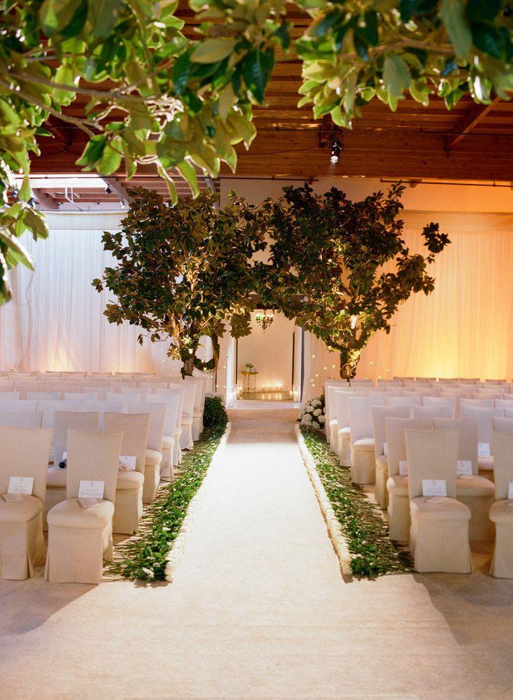10 best images about a church wedding aisle on pinterest - Illescas garden ...