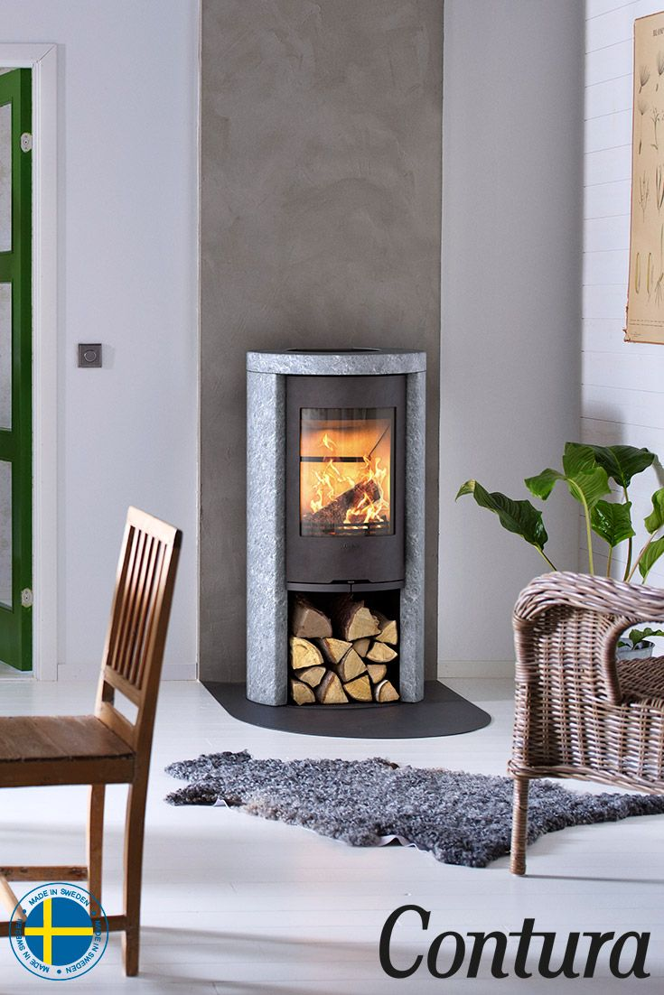Contura 520T with a soapstone surround is natural in every way: naturally heat retaining and with naturally patterned stone.