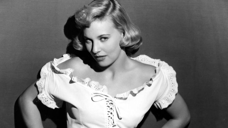 Lola Albright Sultry Actress in 'Peter Gunn' and Kirk Douglas' 'Champion' Dies at 92  Married to actor Jack Carson and then pianist Bill Chadney she also starred as a temptress in 'A Cold Wind in August.'  read more