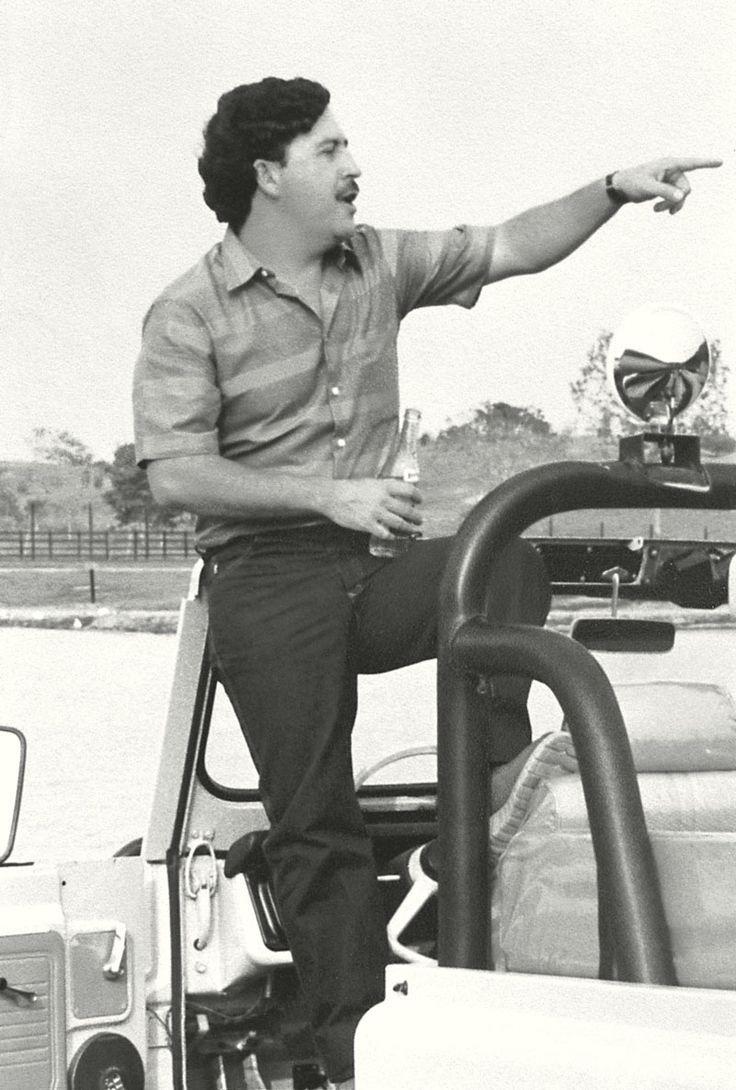 Pablo Escobar: 'Todas estas personas que son acusadas públicamente de pertenecer al narcotráfico son en realidad las únicas que están invirtiendo en el país, es decir, las únicas que están dando trabajo