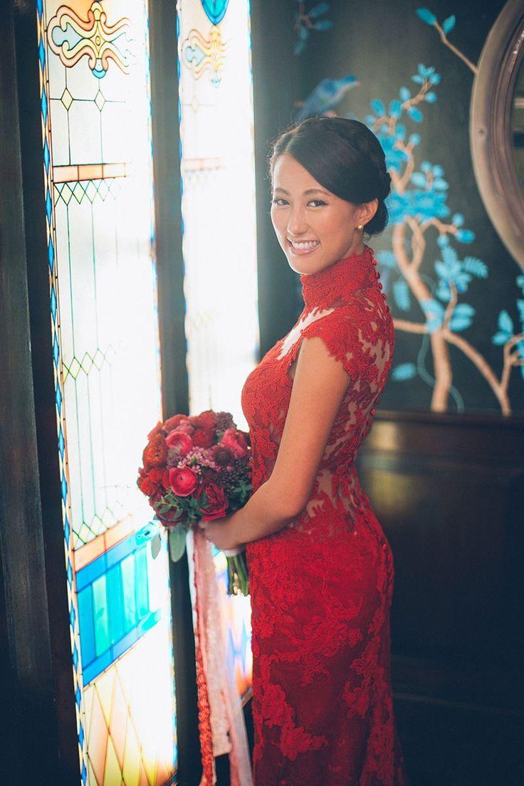 Beautiful Qipao Cheongsam Details Hong Kong Wedding Blog Asian Wedding Dress Cheongsam Wedding Qipao Wedding [ 1104 x 736 Pixel ]