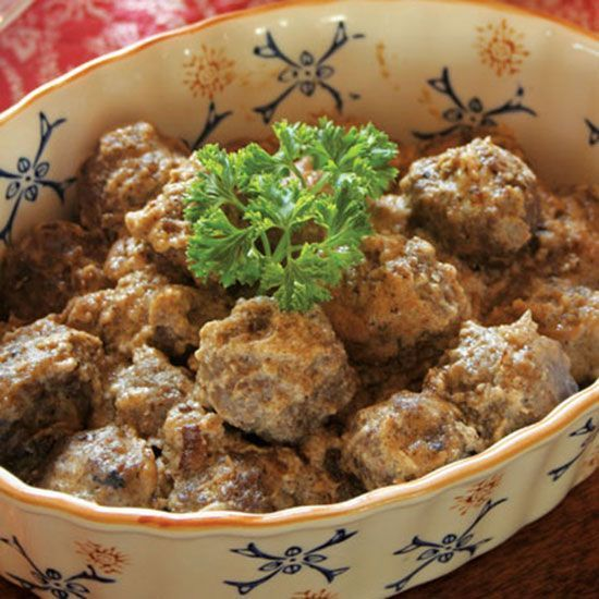This Finnish beef meatballs recipe is easy to make, serve and eat.