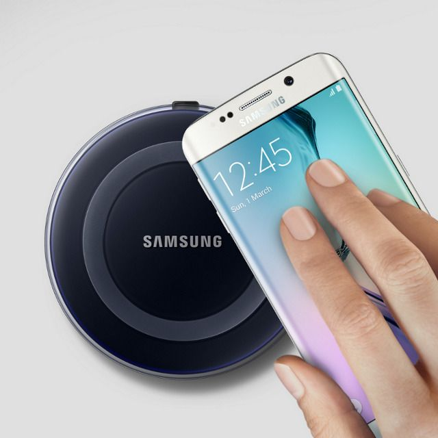 The wireless charging pad uses Qi Inductive Charging Technology to charge your phone, tablet, or other Qi compatible devices.