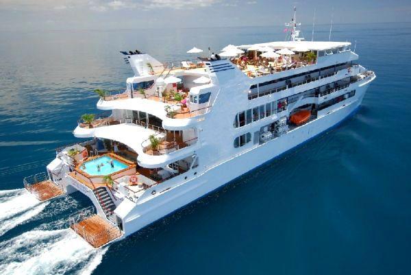 1999 Custom Catamaran Cruise Ship Power Boat For Sale