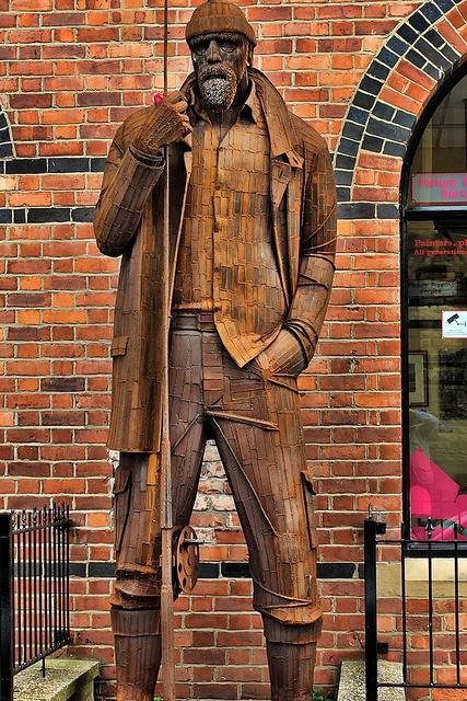 'Rusty' fisherman, Saltburn-by-the-sea by Philip Ed, via Flickr