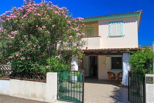Oltre 25 fantastiche idee su copertura per veranda su for Case vendita porto ottiolu
