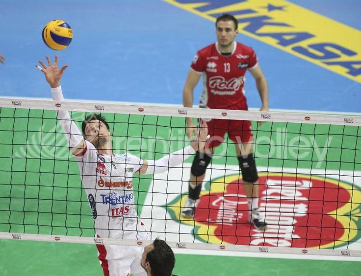Palleggio ad una mano per Zygadlo #trentinovolley #volley