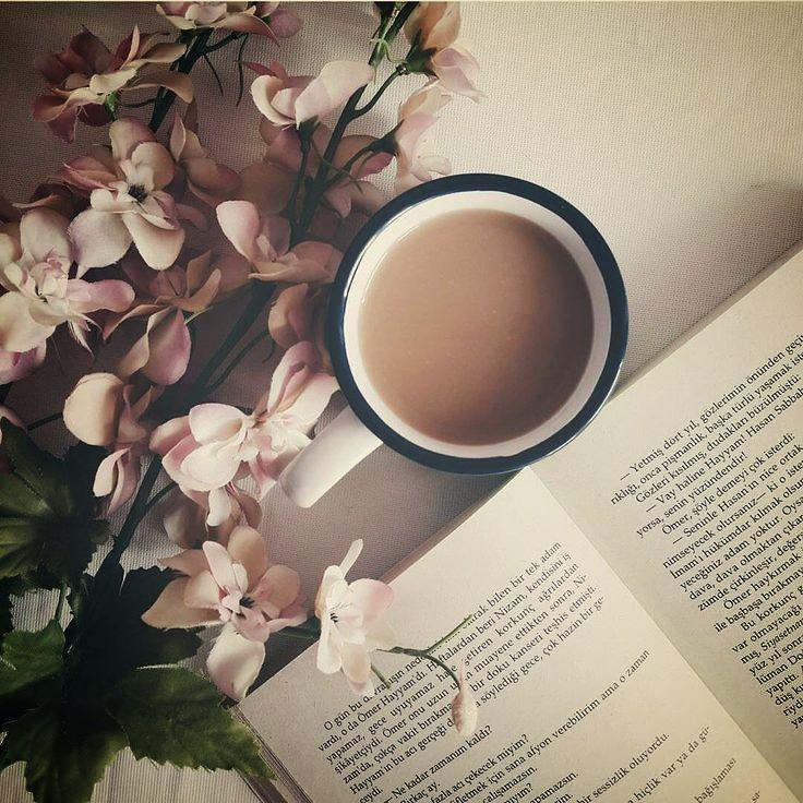 """Será tu corazón un harpa al viento que tañe el viento?... Sopla el odio y suena tu corazón; sopla tu corazón y vibra... Lástima de tu corazón poeta! - Fragmento de """"Luz""""  poema Antonio Machado .  #CulturaColectivaLetras #libros #cafe #booklover #poetryisnotdead #PinCCLetras #booksandcoffee #CulturaColectiva #AntonioMachado"""