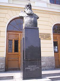 Imagini pentru statuia andrei șaguna sibiu