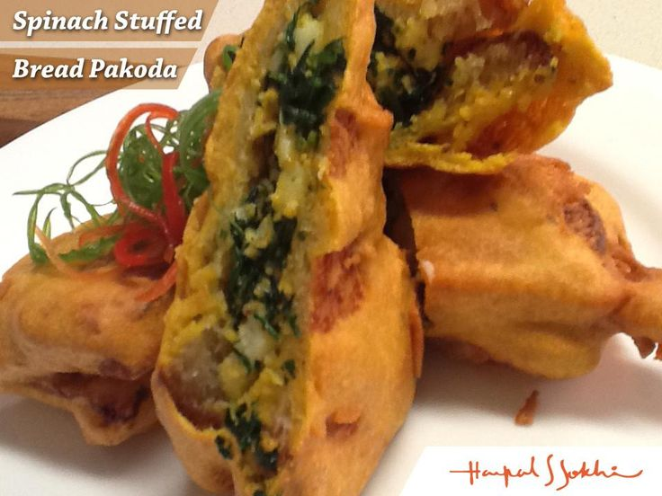 Start your day with Spinach Stuffed Bread Pakoda http://www.harpalssokhi.com/masala-spinach-bread-pakoda/ … #chefharpalsokhi #namakshamak #energychef