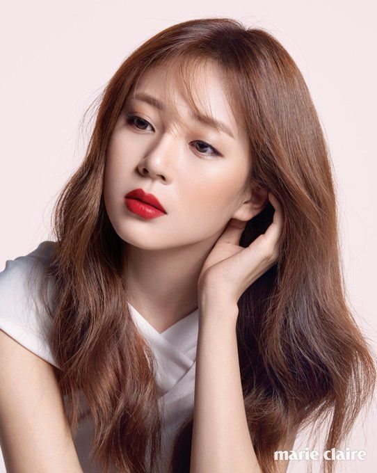 Imagini pentru baek jin hee