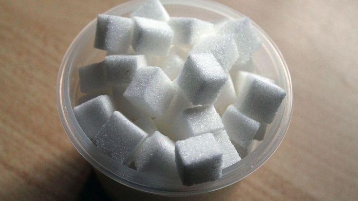 #Santé: Twix, Mars, Leo... Quelle quantité de sucre dans vos friandises préférées? (attention, ça fait mal...)  http://curation-simple-crm.blogspot.com/2018/02/sante-twix-mars-leo-quelle-quantite-de.html