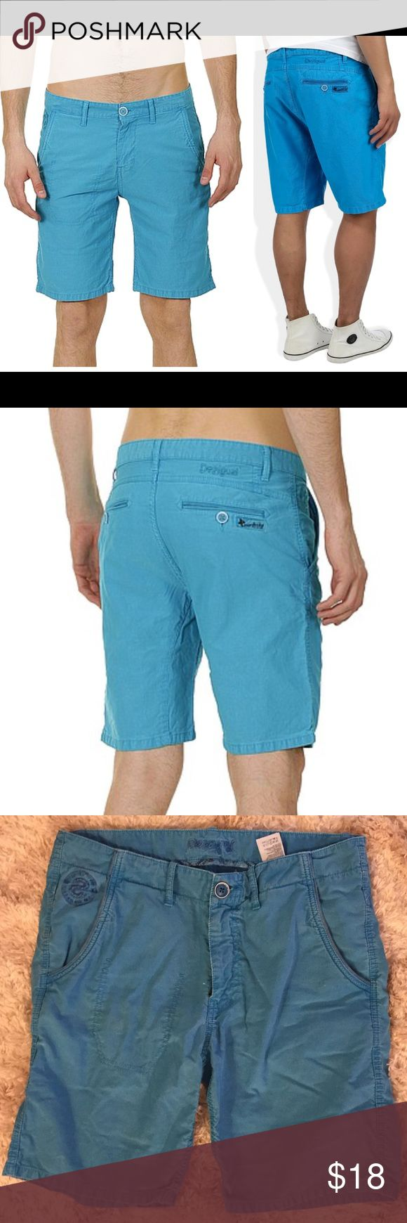 Desigual corduroy men's shorts Desigual men's shorts in turquoise Corduroy   Men's Desigual shorts, model 41P1612/Timo, canvas shorts with button and YKK zip opening, belt loops, classic pockets, back pockets with button, bottom hem can be rolled up, two simple pockets on front, 65% polyester and 25% cotton.  Size 32 Desigual Shorts