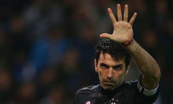 Gigi Buffon: Eterno maestro de la portería http://www.martiperarnau.com/the-tactical-room/gigi-buffon-eterno-maestro-de-la-porteria/