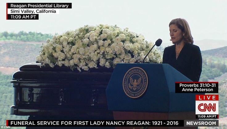 Anne Peterson, Reagan's niece, spoke at the funeral before alove letter from Ronald Reagan to Nancy was read byformer Canadian prime minister Brian Mulroney