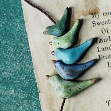 essence of summer / bird beads