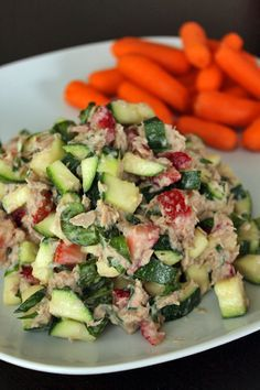 Tuna Salad with Zucchini and Strawberries - Under 200 calorie lunch idea