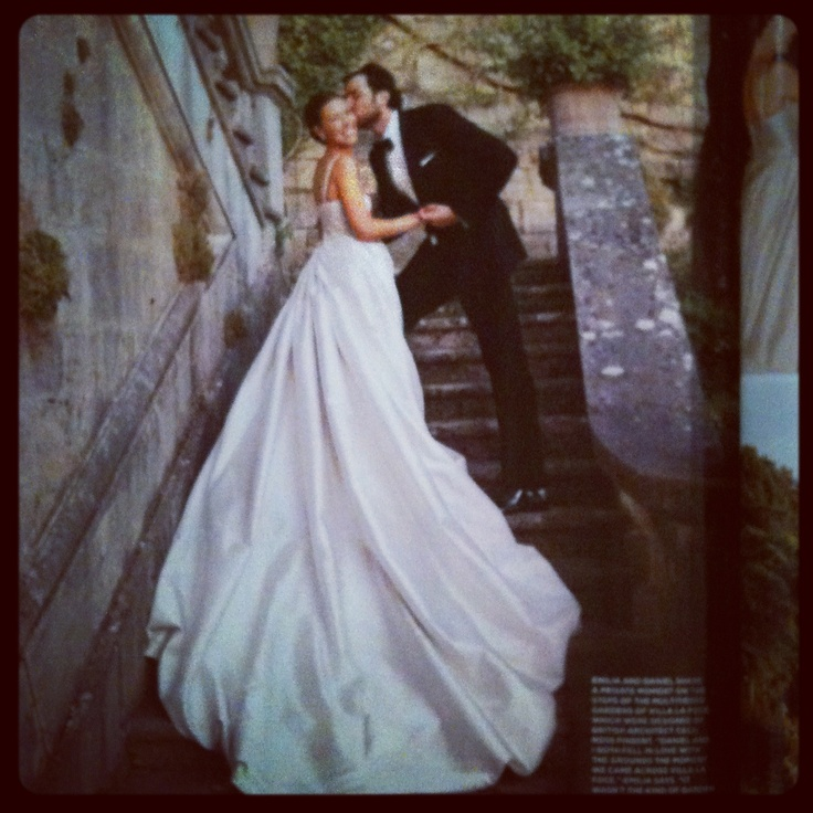 Town And Country Weddings: 1000+ Images About Wedding Dresses On Pinterest