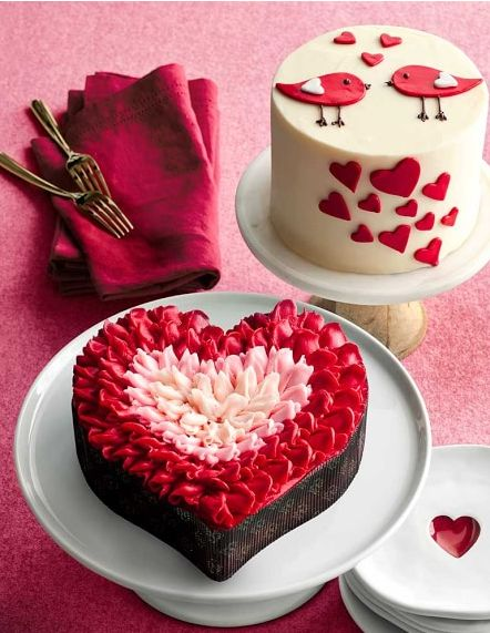 Valentine S Day Cake Images : Top 25+ best Heart cakes ideas on Pinterest White heart ...