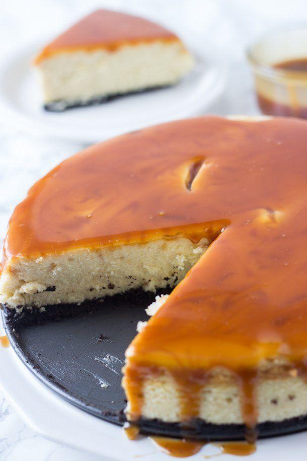 Irish Cream Cheesecake with Whiskey Caramel @FoodBlogs