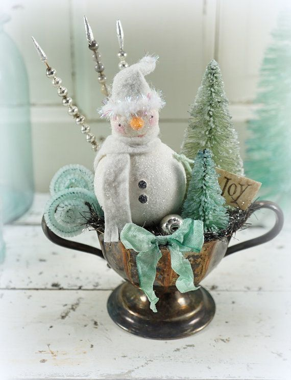 Snowman+//+Christmas+Decor+//+Ornament+//+by+CatandFiddlefolk