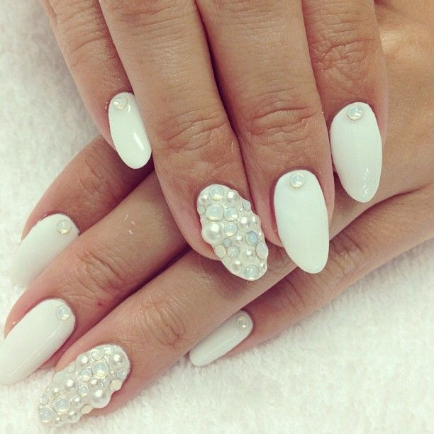 white & pearl nail design - 121 Best Nail Art With Rhinestones Etc. Images On Pinterest